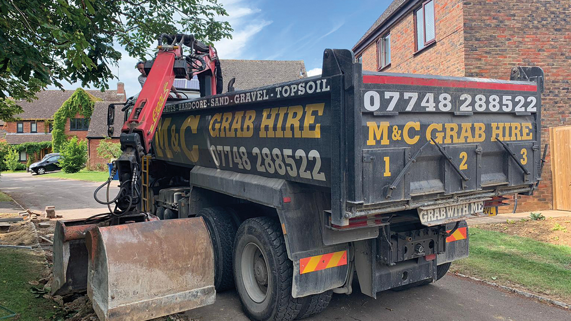 grab hire in Bicester