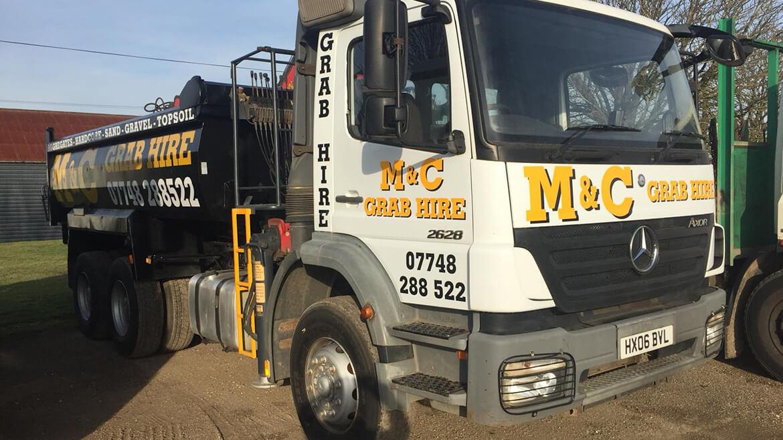 grab hire services near oxfordshire